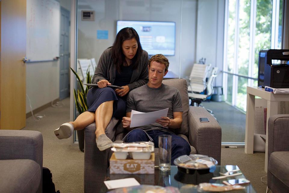 Mark Zuckerberg finalmente se recibió en Harvard