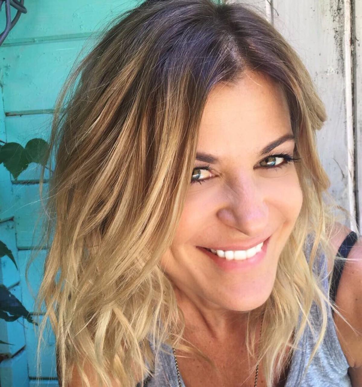 Eugenia Tobal sorprendió con un cambio de look - Canal 9