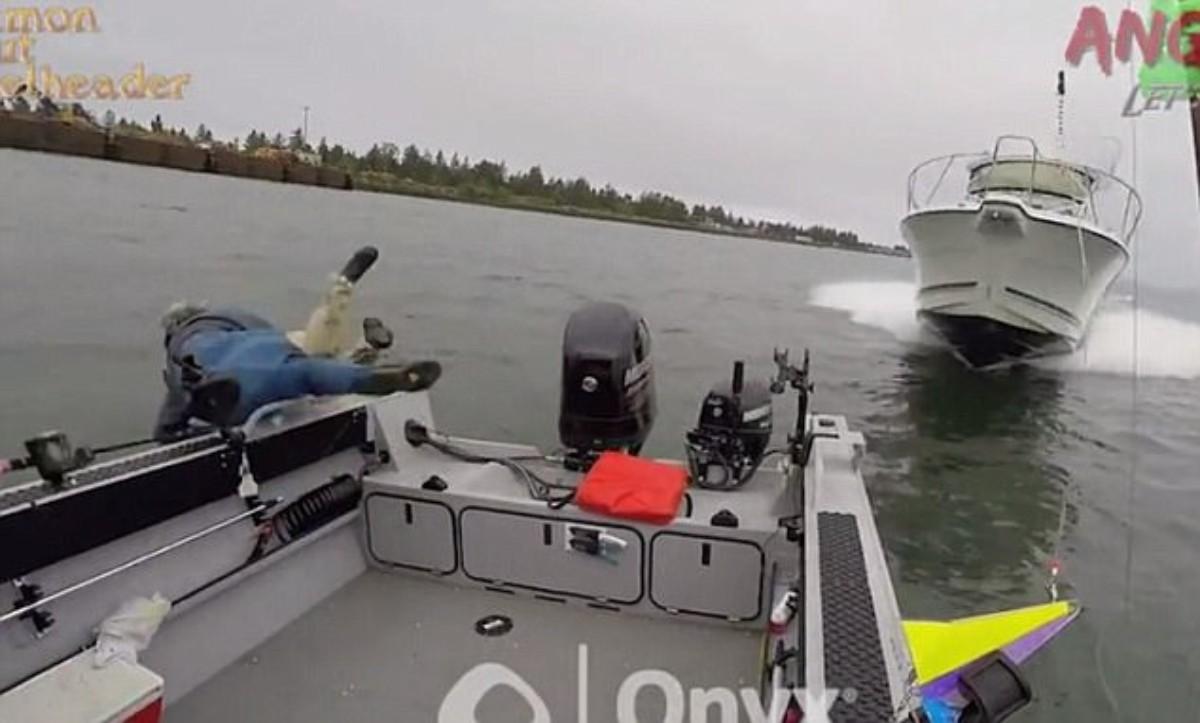 Momentos de terror vivieron pescadores al ser embestidos por un yate