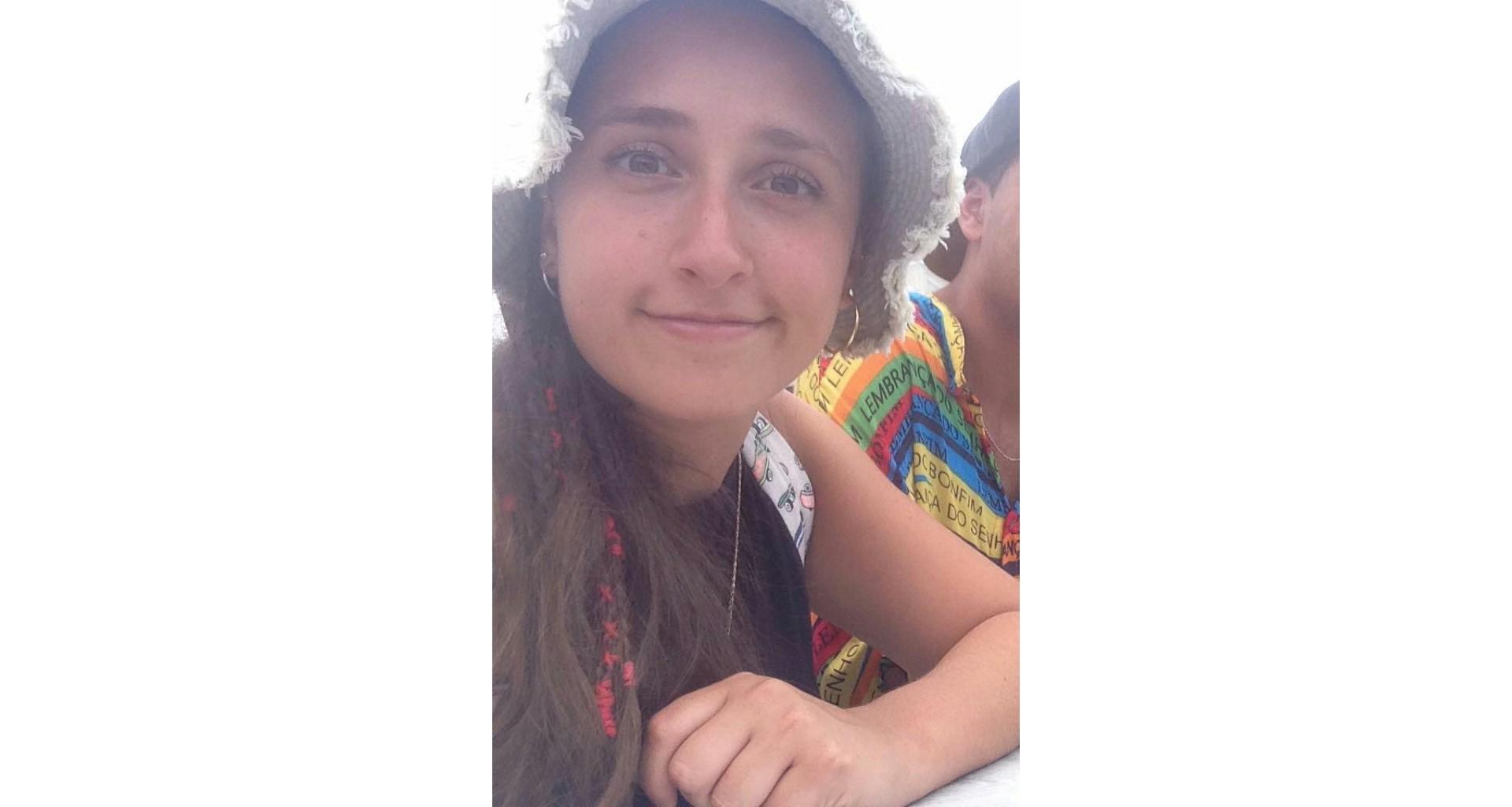 Emilia abandonó un hostel en Valparaíso y no hay señales de ella